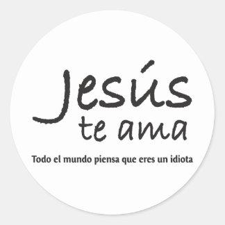 Jesús te ama classic round sticker