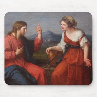 Jesús y la mujer en el pozo tapetes de ratones