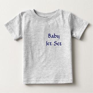 Jet set del bebé playera de bebé
