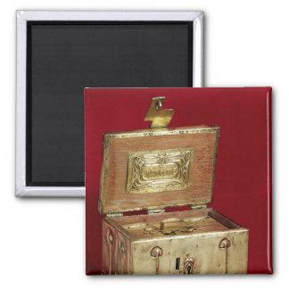 Jewel box magnet