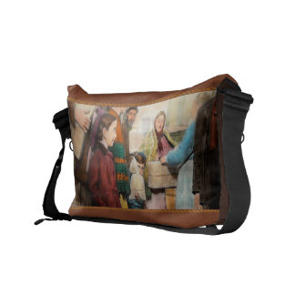 Jewish - Food for the less fortunate 1908 Messenger Bag