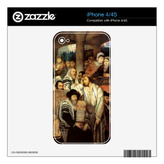Jews Praying by Maurycy Goettlieb - Circa 1878 Skin For The iPhone 4