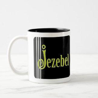 Jezabel (en verde) taza de dos tonos