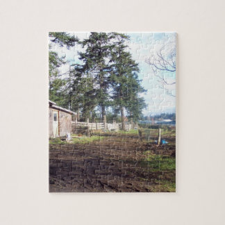 Jigsaw photo puzzle featuring barnyard scene.