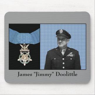 Jimmy Doolittle y la medalla de honor Tapete De Raton