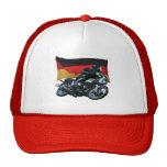 Jinete alemán de la bandera y de la moto gorro de camionero