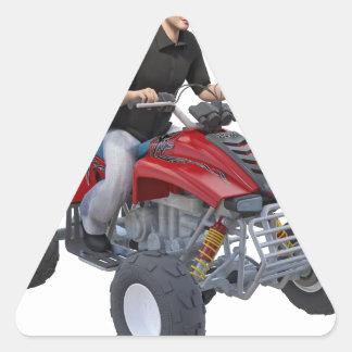 Jinete de ATV en rojo Pegatina Triangular