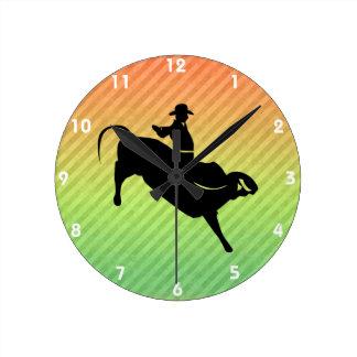 Jinete de Bull Reloj Redondo Mediano