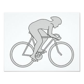 Jinete de la bicicleta en gris comunicados personales