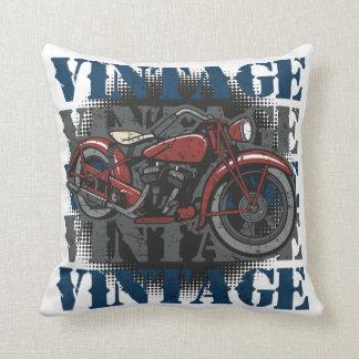 Jinete de la motocicleta del vintage cojin