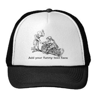 Jinete de la motocicleta y humor del policía gorras