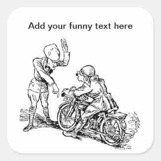 Jinete de la motocicleta y humor del policía pegatina cuadrada