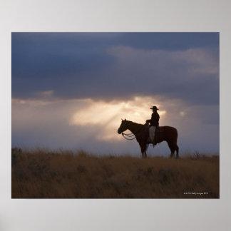 Jinete de lomo de caballo 22 póster