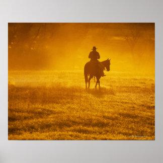 Jinete de lomo de caballo 24 póster