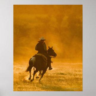 Jinete de lomo de caballo 3 póster