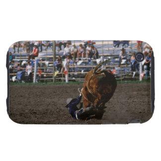 Jinete de rodeo que cae de toro tough iPhone 3 carcasas