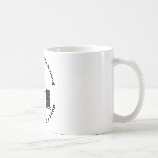 Jinete del barril taza básica blanca