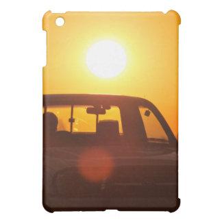 Jinete del camión de la puesta del sol
