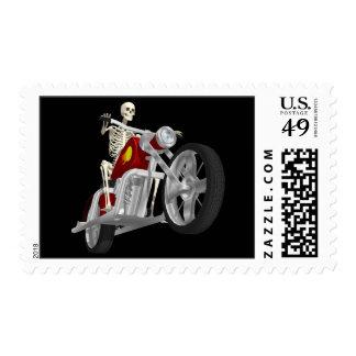 Jinete esquelético del motorista/de la bici: sello postal