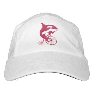 Jinete rojo de la orca en la bici del comino del gorra de alto rendimiento