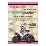Jinete rosado y negro del chica ATV Invitación