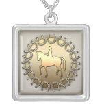 Jinete y herraduras del caballo del Dressage Joyerias Personalizadas