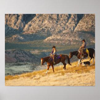 Jinetes de lomo de caballo 9 póster