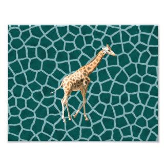 Jirafa africana en camuflaje azul cojinete