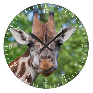 Jirafa atenta reloj redondo grande