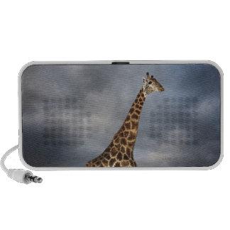 Jirafa (camelopardalis del Giraffa) en dramático Laptop Altavoz