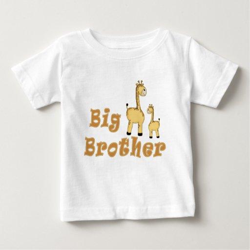 Jirafa de hermano mayor tshirts