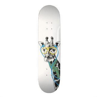 Jirafa de moda divertida fresca con los vidrios, a patinetas personalizadas