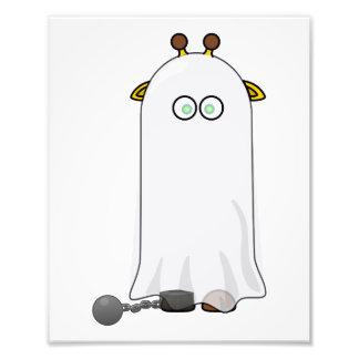 Jirafa del fantasma con las cadenas arte fotográfico