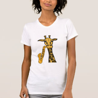 Jirafa del HACHA que juega la camisa del saxofón