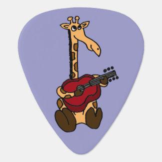 Jirafa divertida que toca la guitarra plectro