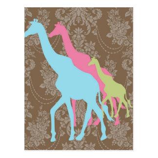 Jirafa en el damasco floral - rosado, el azul y el tarjeta postal