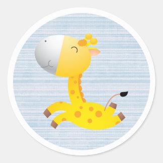 Jirafa linda del dibujo animado pegatina redonda