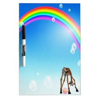 Jirafa magdalena y arco iris lindos divertidos tableros blancos