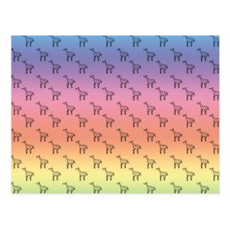 Jirafas en pastel del arco iris postal