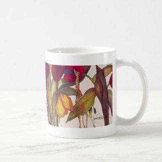 Jirafas y tulipanes taza de café
