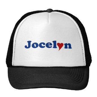 Jocelyn con el corazón gorro de camionero