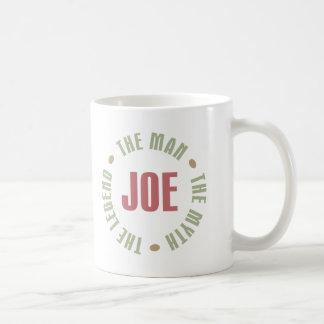 Joe el hombre el mito la leyenda junta con te los taza básica blanca