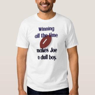 Joe una camiseta embotada del muchacho playeras