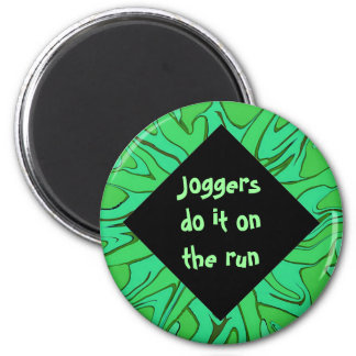 joggers do it on the run 2 inch round magnet