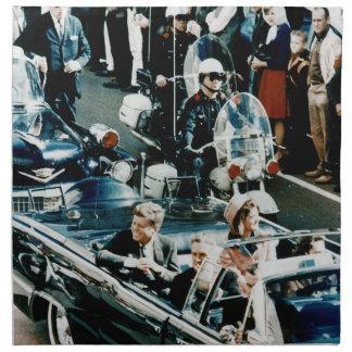 John F. Kennedy y Jackie en el desfile de automóvi Servilletas De Papel
