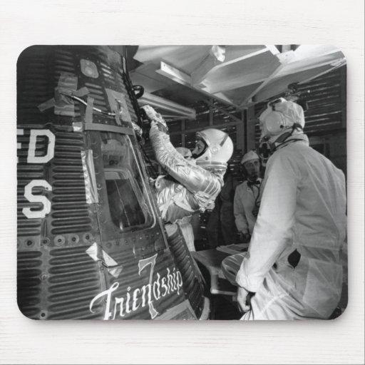 friendship 7 spacecraft take off - photo #37