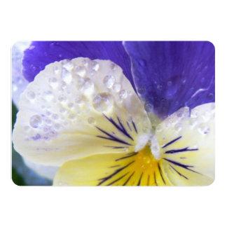 Johnny salta encima de las flores invitación 12,7 x 17,8 cm
