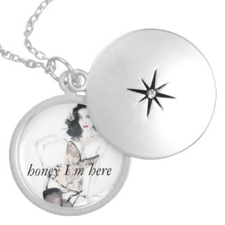 jolie oh la la honey i m here round locket necklace