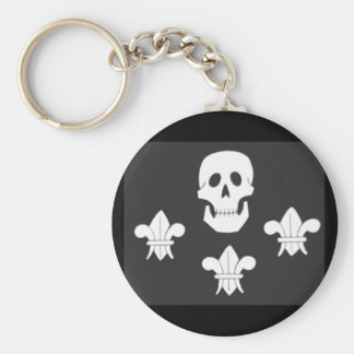 JOLLY ROGER SKULL AND THREE LILIES FLAG BASIC ROUND BUTTON KEYCHAIN