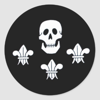 JOLLY ROGER SKULL AND THREE LILIES FLAG CLASSIC ROUND STICKER